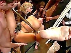 bdsm bdsm porno video's bdsm sex wrede seksscènes schande
