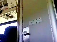 Hood amateurs Blow job on train