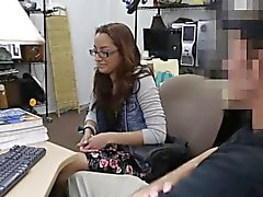 College student sucks dick and get fuck in the pawnshop