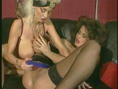 lésbicas adolescentes peitos grandes vintage fisting