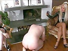 bdsm femdom ayak fetişi lateks