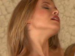 blondiner avsugningar cumshots stora bröst hd-video