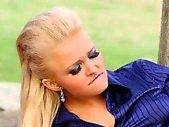 babe blondin brunett europe
