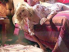 peitos grandes loiras celebridades engraçado lingerie