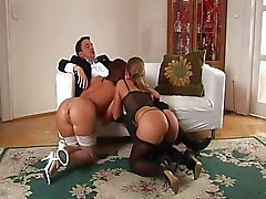 glove black cindy-in-heat-scene1