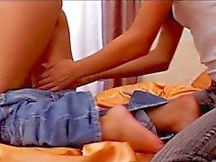 lesbica sesso orale adolescente biondo