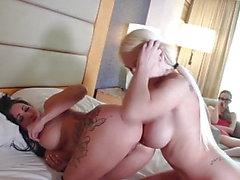 de lily lane anal gros seins vidéos hd