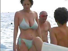 praia peitos grandes