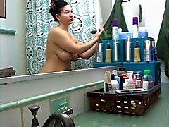 peitos grandes bundas grandes morenas massagem chuveiros