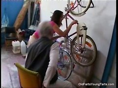 The bicycle repair service