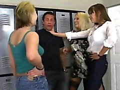 blondine brünett cfnm fetisch gruppen-sex