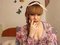 blond solo strip-tease étudiant webcam