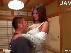 japonés grandes tetas amateur chupar