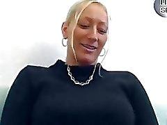stora tuttar blondiner pumor tyska titjob