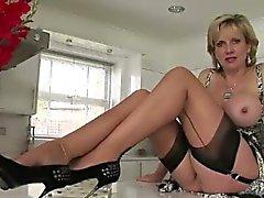 Mature british whore flashes tits
