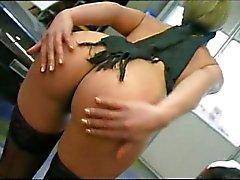 sexo anal loira gozada dupla penetração