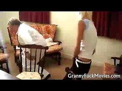 büyük göğüsler esmer büyükanne
