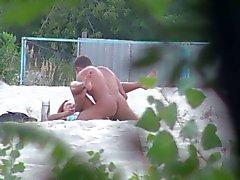 plage clignotant nudité en public russe voyeur