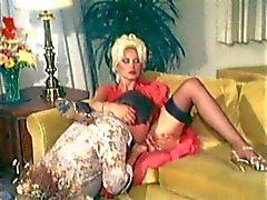 milf blondin strumpor klassisk doggystyle