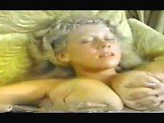 bébé blond pipe éjaculation hd