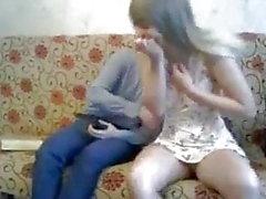 flicka som masturberande orgasm ryska små bröst häftigt