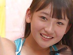 filles étudiante japonais fétichisme des pieds