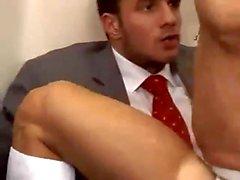 гей гей-порно раздевалка мышца