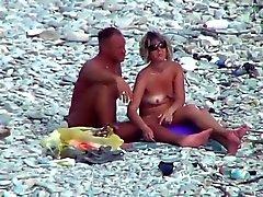 playa cámaras ocultas madura