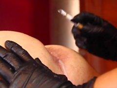pliegue de fumar strapon femdom