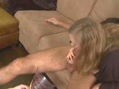 бисексуалов рогоносец глотанием milfs очиститель