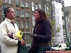 Amsterdam whore sucks a sextourists cock
