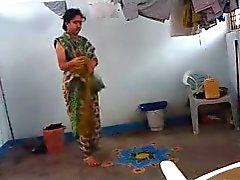 Indian aunt caught dressing