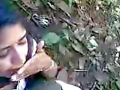 amateur blowjobs indisch publieke naaktheid tieners