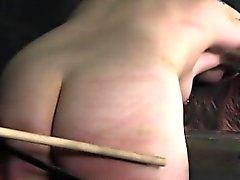 bdsm brunetta feticcio sculacciata