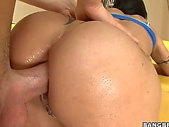 Mature playgirl is engulfing dudes dick hungrily