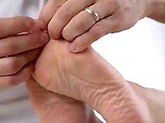 Asian Busty Babe Lassen Sie uns seine Arschloch nach Massage