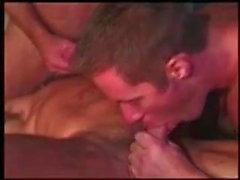 гей групповой секс военный