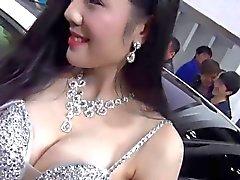 amateur asiatique chinois clignotant