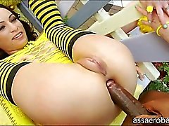 Slutty honeys Amber Rayne and Dirty Garden Girl anal pounded