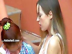 dilettante biondo ragazza lesbica russo