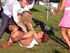 amateur hidden cams publieke naaktheid