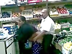 turk bakkal sikiyor fucking wife