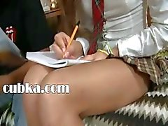 brunette russisch schoolmeisje tiener
