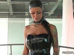 lesbo ylivalta ruskeaverikkö isot tissit ajeltu