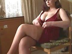tits reifen brüste milf strümpfe