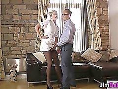amateur blondine blowjob europäisch handjob