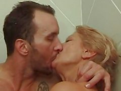 anal français mamies seins saggy