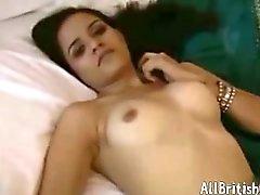 brunett arabian fetisch strippning