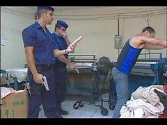 GAY - Madameprive-Police