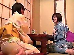 amatööri aasialainen japanilainen lesbo nuolla